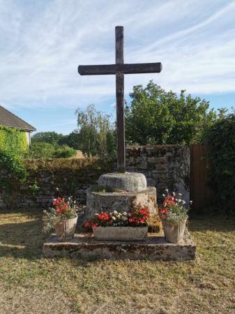 La croix de Marcilly
